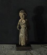 枯れた聖人像 4