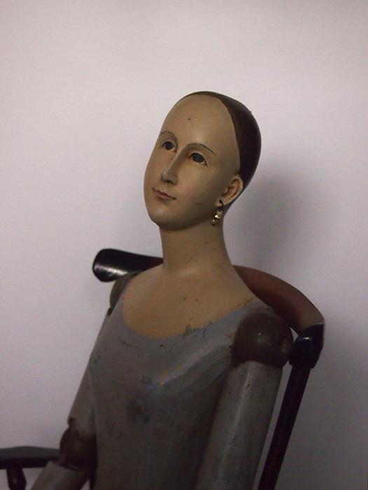 椅子に座ったサントス像(リプロダクト)