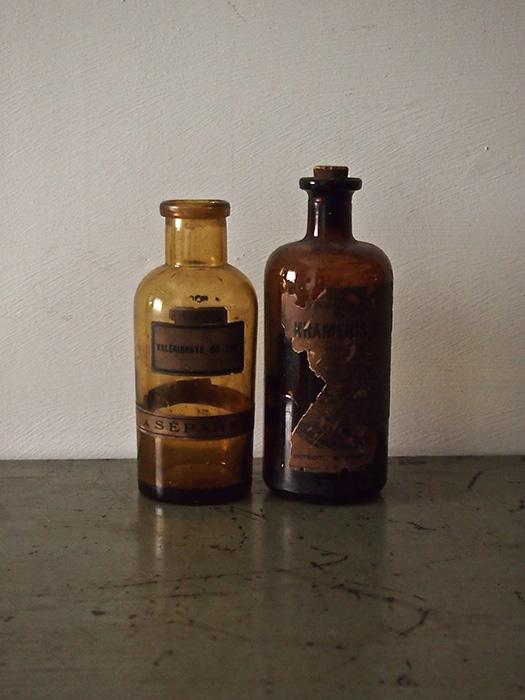 茶色の瓶 2本