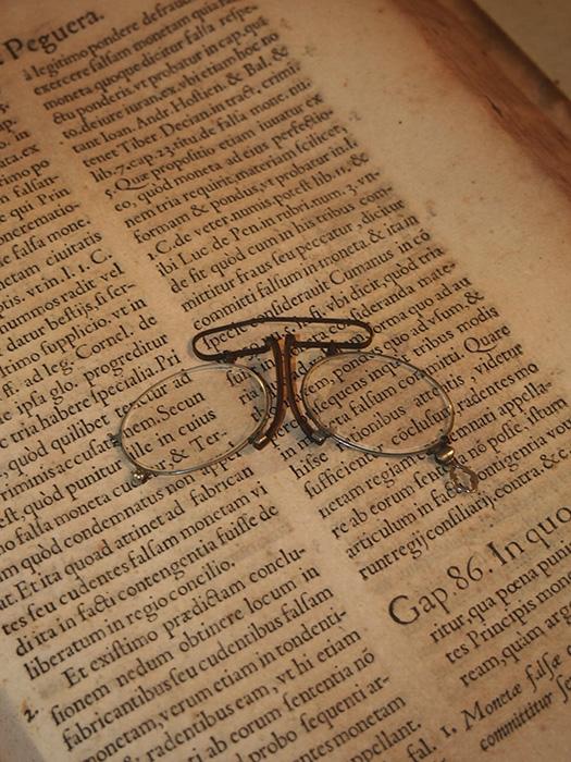古い鼻眼鏡 Pince‐nez 1