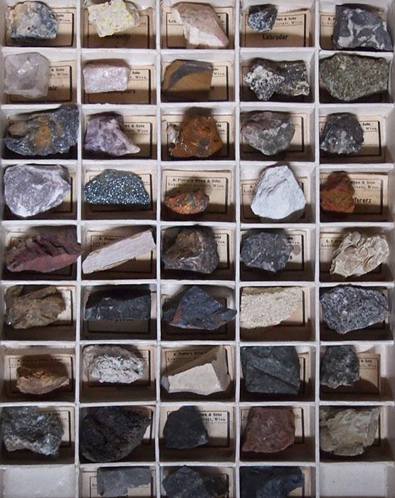 箱入り鉱物標本 Salon d'histoire naturelle サービス品