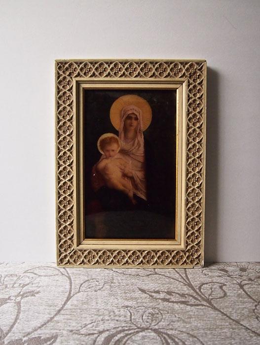 額装された聖母子像