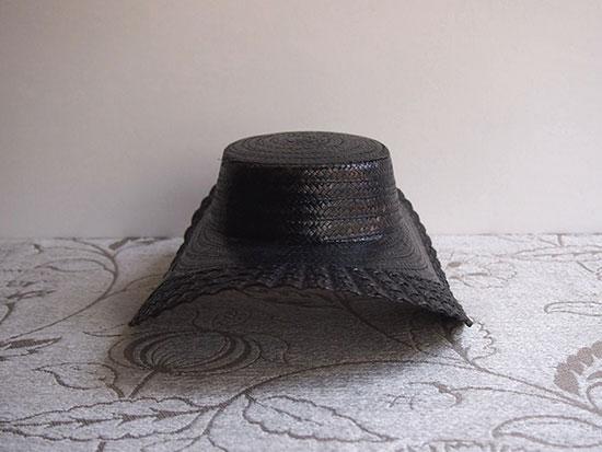 黒い麦わら帽子 1