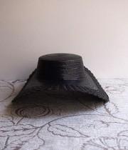黒い麦わら帽子 2