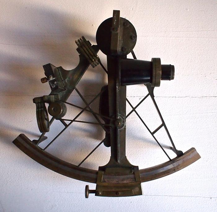 古い六分儀 sextant