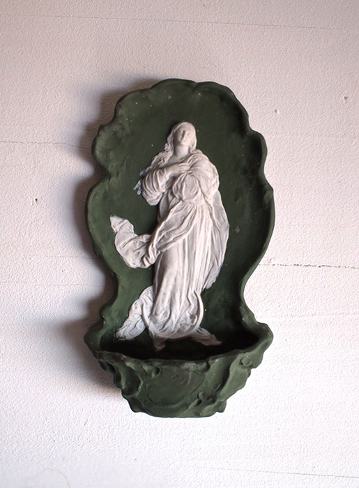 ジャスパー・ウエアの聖水盤