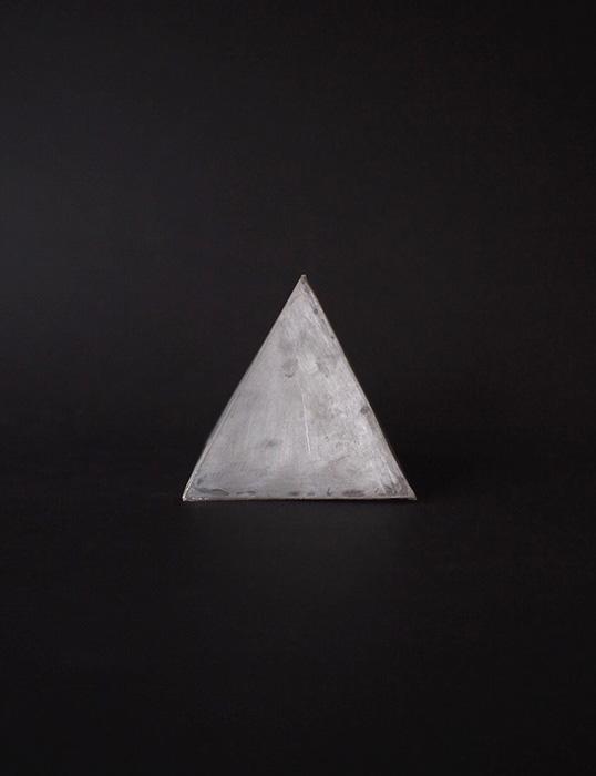 デッサン模型 1 四角錐