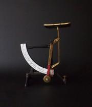 古い秤 échelles 2