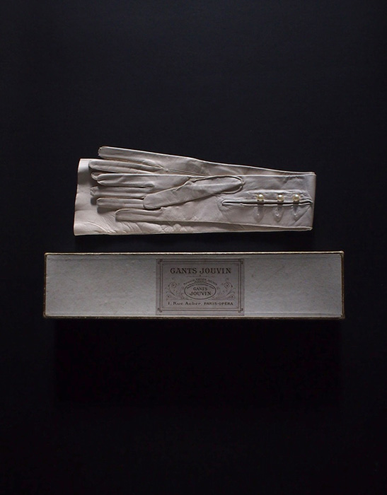 アンヴァンテール 貴婦人の革手袋