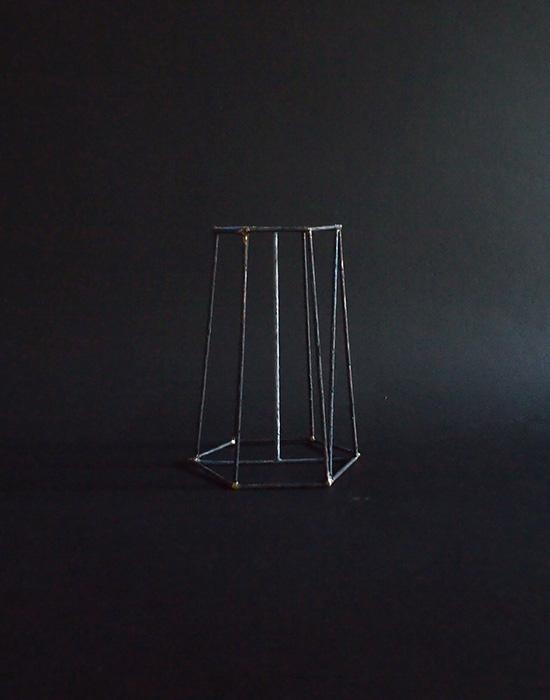 ワイヤーの立体模型 A