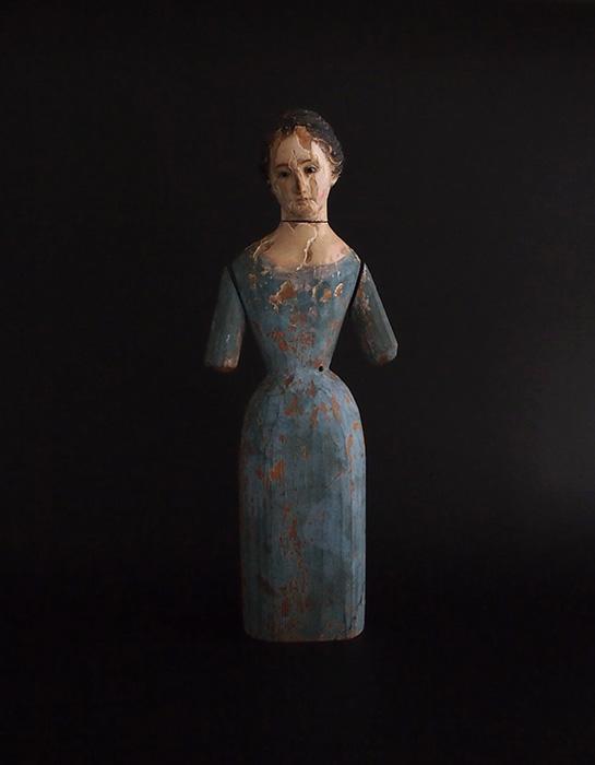 悲しげな聖母マリア像