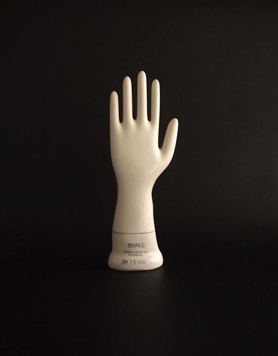 手袋の型 B