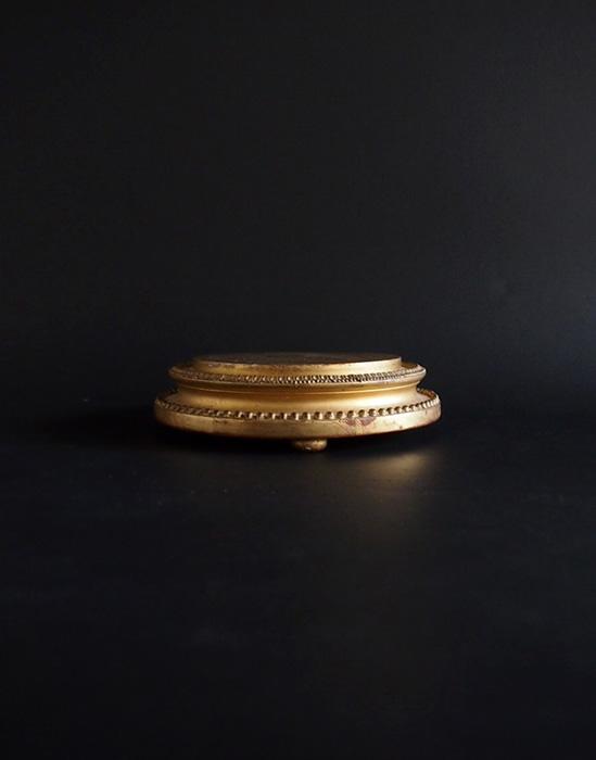 ゴールドのプレゼントワー A