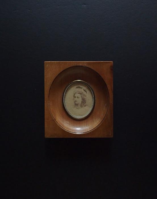 アンヴァンテール 美しい女性の肖像