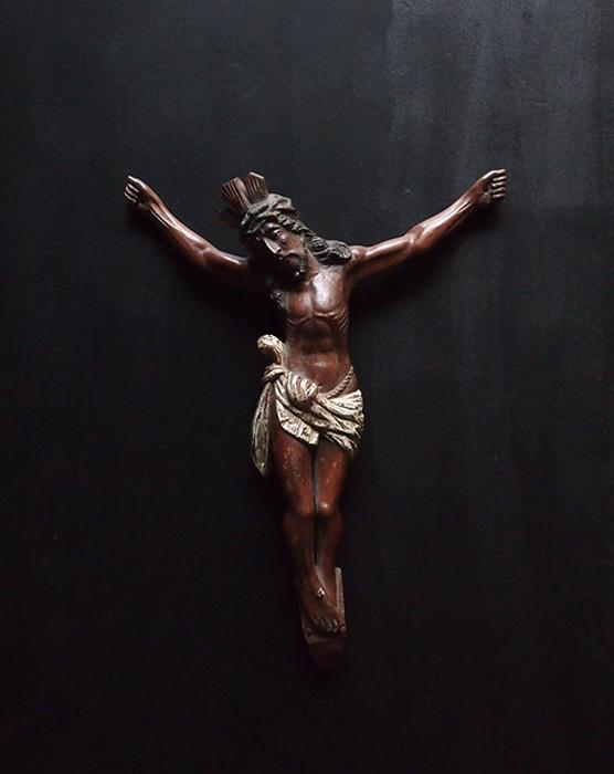 木製キリスト磔刑像