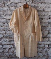 8周年記念サービス品 オフホワイトのアトリエ・コート