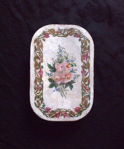 アンヴァンテール ハンドペイントの薔薇と金色縁取りの紙箱