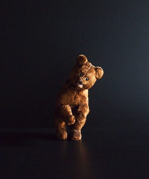 機械仕掛けのクマのぬいぐるみ