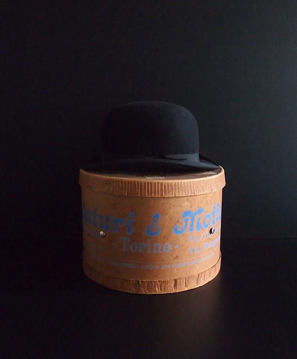 帽子とハット・ボックス