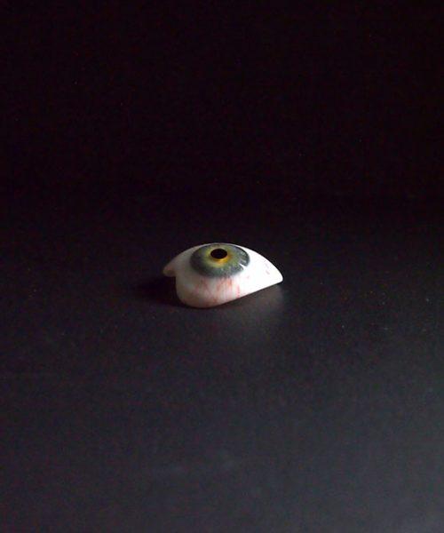 義眼 48