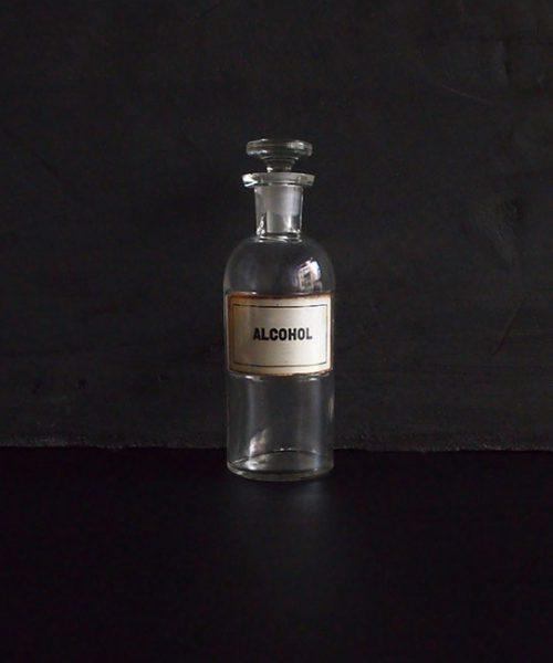 古い薬瓶 ALCOHOL