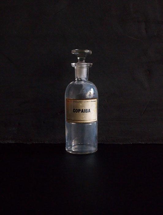 古い薬瓶 COPAIBA