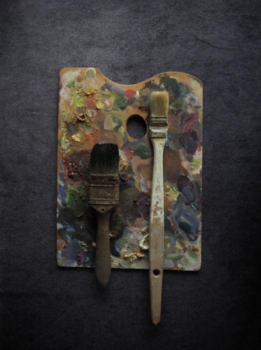 古いパレットと筆 4